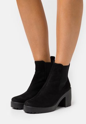 BRONTE CHELSEA UNIT BOOT - Bottines à plateau - black
