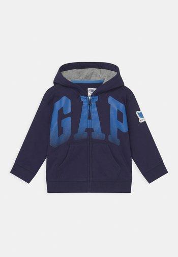 ARCH HOOD - Zip-up sweatshirt - navy uniform