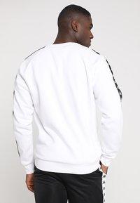 Kappa - EDWIN - Sweatshirt - white - 2