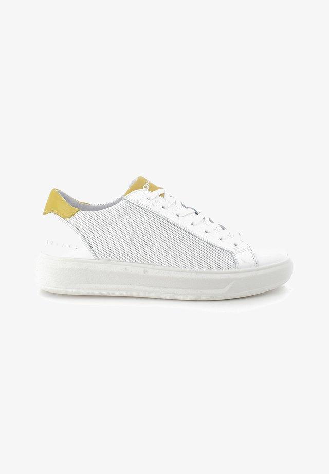 UME - Sneakers laag - weiß