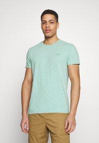 Superdry - VINTAGE CREW - Basic T-shirt - fresh mint space dye - 0