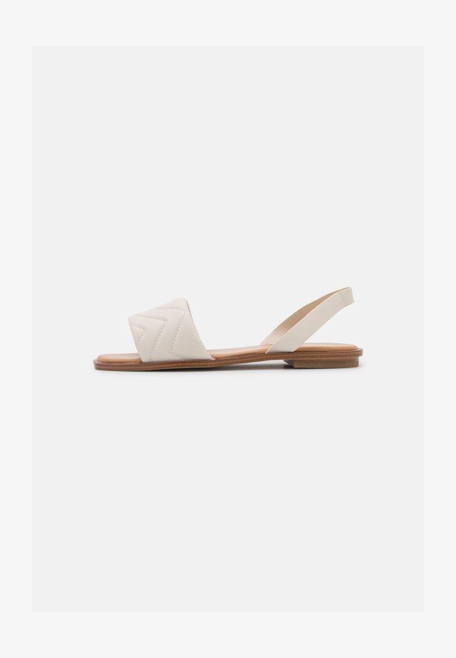 GRIRAWIAFLEX - Sandaalit nilkkaremmillä - white