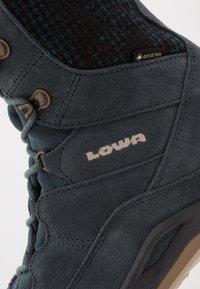 Lowa - CALCETA III GTX  - Winter boots - jeans - 5