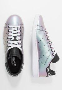 adidas Originals - STAN SMITH - Baskets basses - core black/footwear white - 3