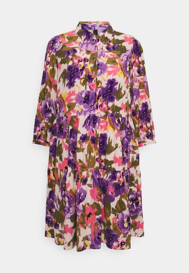 YASCALEIA DRESS - Shirt dress - eggnog