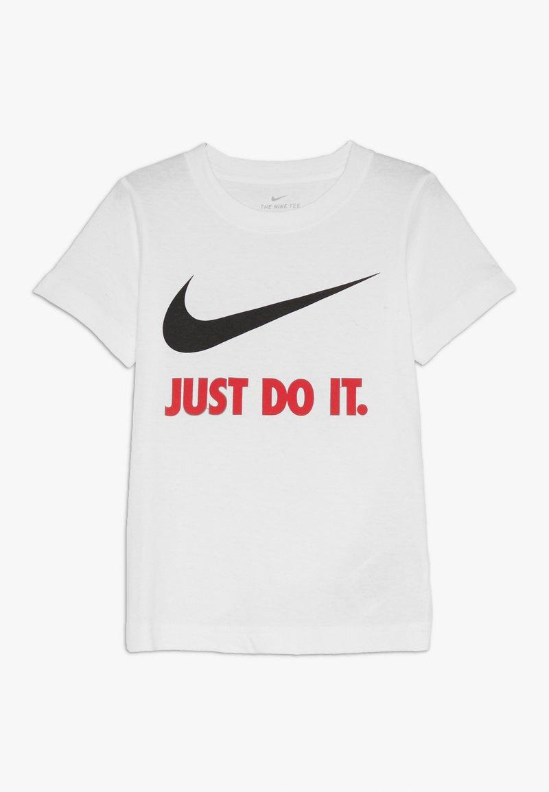 Nike Sportswear - TEE - T-shirt imprimé - white/red