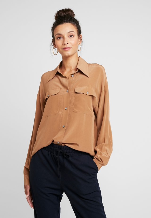 DAY FAN - Blouse - dried