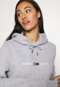 Tommy Jeans - Sweat à capuche - light grey heather - 3