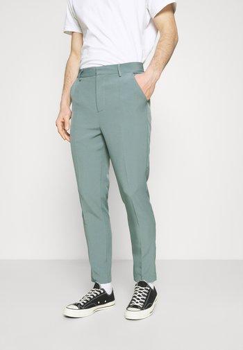 AFTERMATH TAPERED SUIT TROUSER - Pantalon classique - light blue