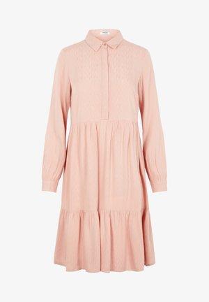 BLUSENKLEID JACQUARD MIDI - Shirt dress - misty rose