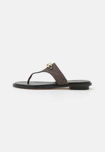 TILLY THONG - T-bar sandals - brown