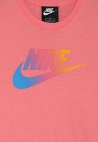 Nike Sportswear - DRESS FUTURA - Vestito di maglina - pink gaze - 4