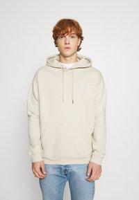 YOURTURN - BOLD SCRIPT HOODIE UNISEX - Sweatshirt - beige - 2