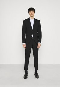 Selected Homme - SLHSLIM MYLOLOGAN CROP SUIT - Kostym - black - 1
