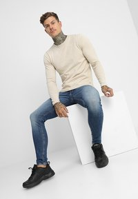 Jack & Jones - JJITOM JJORIGINAL - Jeansy Skinny Fit - blue denim - 1