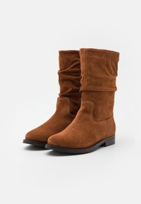Apple of Eden - GIGI - Boots - cognac - 2