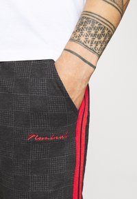 Nominal - CHECK TROUSER - Trousers - black - 3