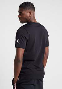 Jordan - TEE AIR  - Print T-shirt - black - 2