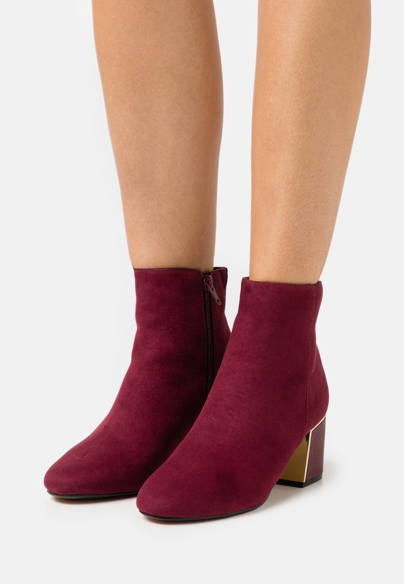 Dorothy Perkins - AMBER BLOCK HEEL BOOT - Classic ankle boots - burgundy
