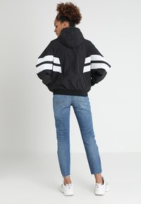 Urban Classics - LADIES BATWING JACKET - Windbreaker - black/white - 3