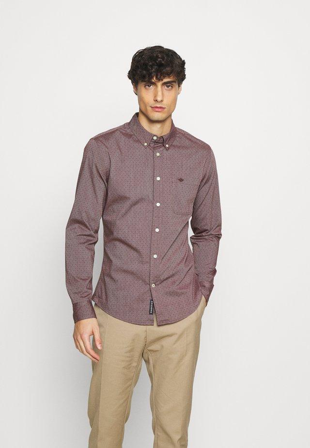 ALPHA ICON - Camisa - eadeswinetasting