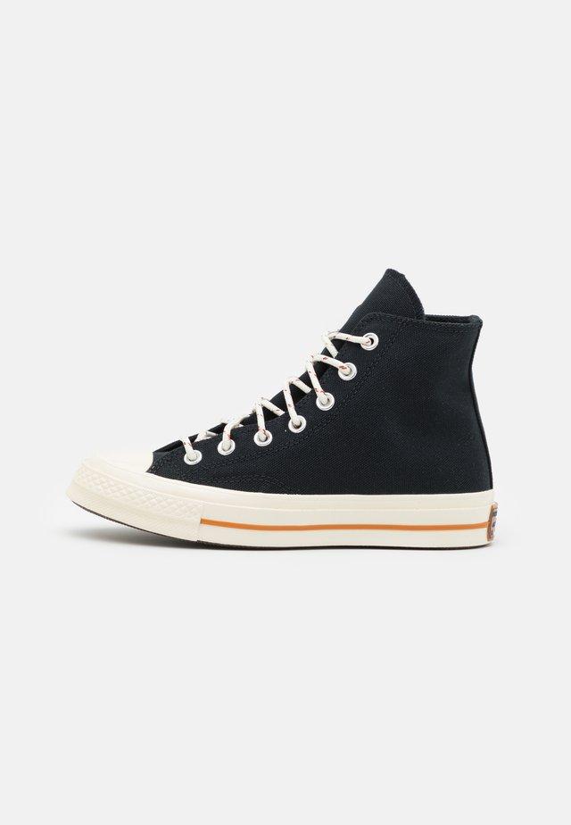 CHUCK 70 CORK UNISEX  - Sneakers hoog - black/egret/red bark