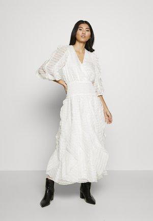 SANCTUARY MIDI DRESS - Denní šaty - white