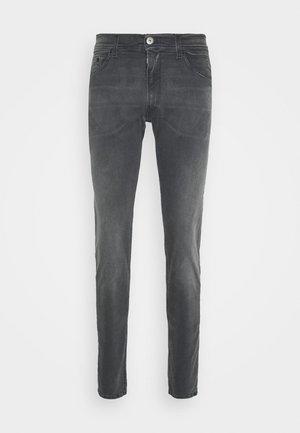 TITANIUM MAX - Slim fit jeans - medium grey