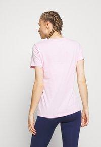 Nike Performance - TEE CREW - Print T-shirt - pink foam - 2