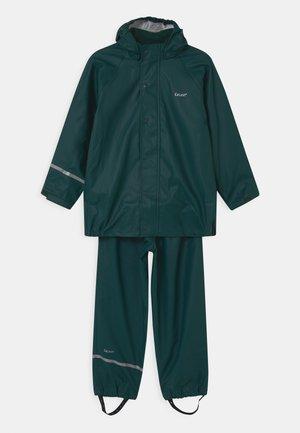BASIC RAINWEAR SET UNISEX - Waterproof jacket - pondorosa pine