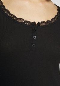 Hollister Co. - BUTTON THRU HENLEY - Long sleeved top - black - 5