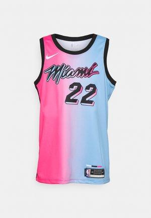NBA MIAMI HEAT JIMMY BUTLER CITY EDITION SWINGMAN  - Equipación de clubes - laser fuchsia/blue gale/black