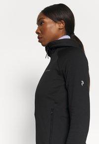 Peak Performance - CHILL ZIP HOOD - Fleece jacket - black - 3