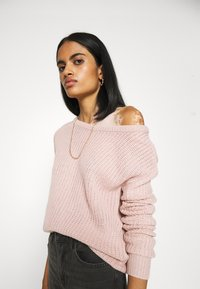 Missguided - OPHELITA OFF SHOULDER JUMPER - Pullover - rose - 3