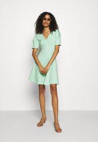 Closet - PLEATED SLEEVE SKATER DRESS - Jersey dress - mint - 1