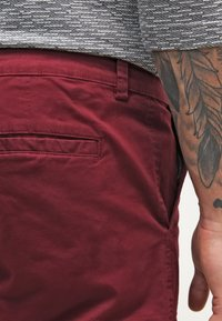 YOURTURN - Shorts - bordeaux - 5
