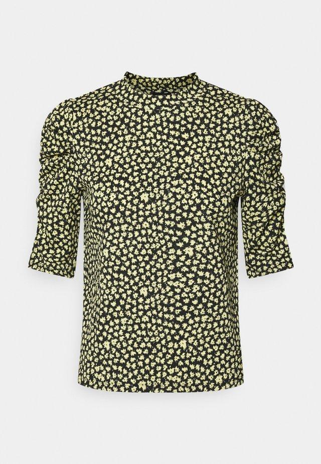 LOREEN - T-shirt print - light yellow