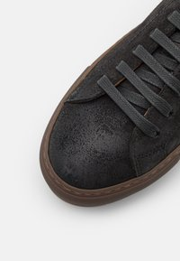 Doucal's - KOBE - Sneakers basse - black - 5