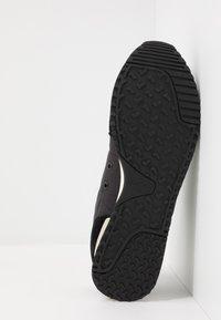 Pepe Jeans - TINKER JOGGER - Zapatillas - black - 4
