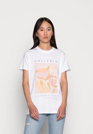 CLASSIC ARTS TEE - T-shirt med print - galleria native/white