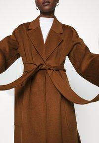 IVY & OAK - BELTED COAT - Classic coat - gingerbread - 6