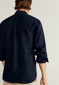 Mango - CALCUTA - Shirt - azul marino oscuro - 2