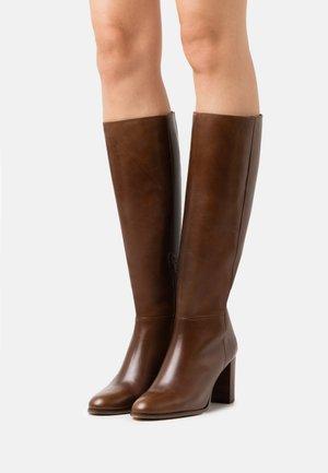 CATALINA - Boots - choco