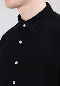 Resteröds - POP OVER - Camisa - black - 3