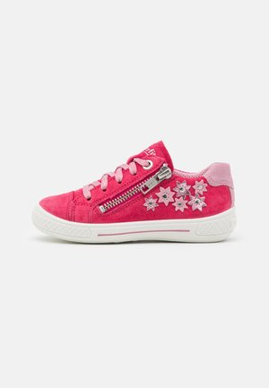 TENSY - Zapatillas - rot/rosa
