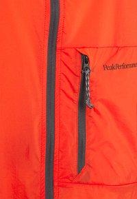 Peak Performance - VISLIGHT WINDJACKET - Outdoor jacket - super nova - 2