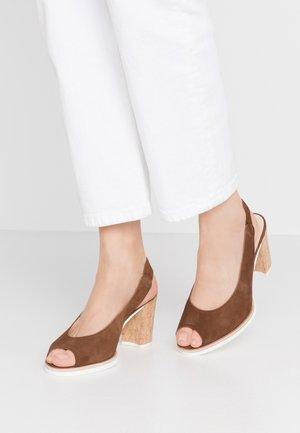 Sandaler med høye hæler - new whisky