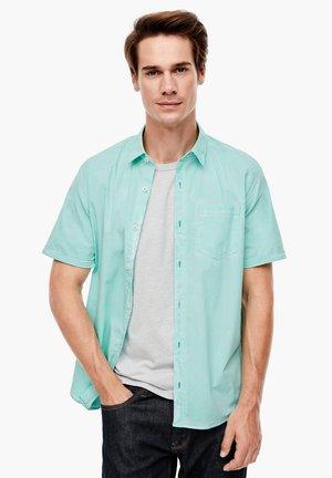 REGULAR FIT - Shirt - mint