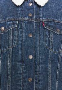 Levi's® Plus - TRUCKER - Denim jacket - blue denim - 6