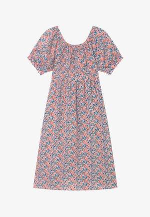 NKFHALLIE - Denní šaty - light pink